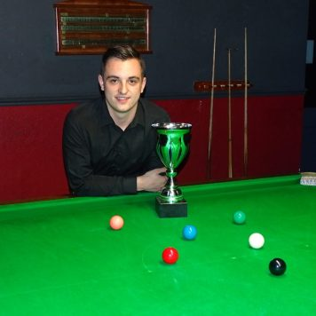 Gold Waistcoat Masters Winner - Haydon Pinhey 2016-17